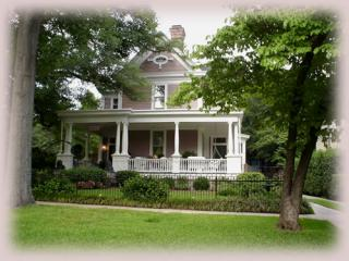 Historic Columbia/ USC Area Vacation Rental